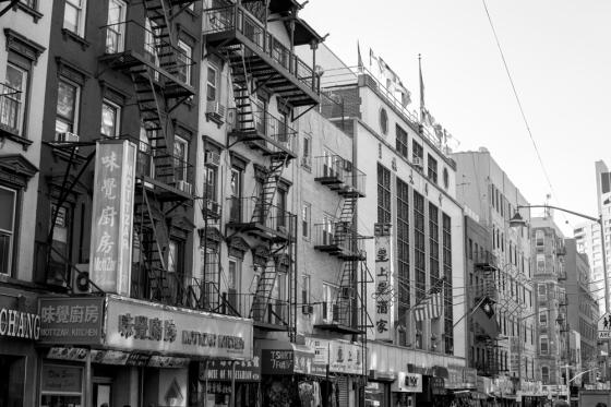 09.14-BW-Chinatown